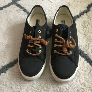 Black Sperry Sneakers With Leather Laces